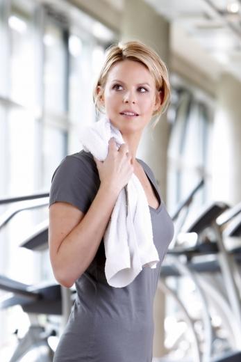 Fitness Model 347x520 - Sports