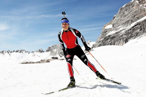 Magdalena Neuner für Joka auf Zugspitze 595x397 - Sports