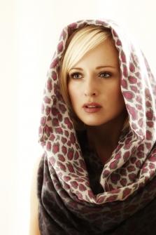 Pashmina shooting 3 223x335 - Fashion/Beauty